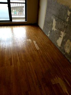 ペット可物件の傷んだフローリングにフロアタイル 施工例 floortile
