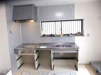 キッチンパネル,シルバー施工例 クリナップラクエラ system-kitchen
