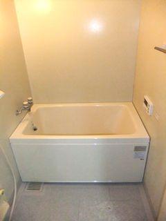 ユニットバスの浴槽交換 入替施工例 追い焚きあり unitbath