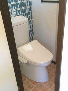 賃貸アパート トイレリフォーム アクセントクロス wetroom toiletlixiltoto cloth cf