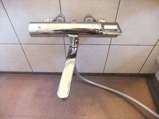 ユニットバス 浴室シャワー水栓交換 施工例 waterleak
