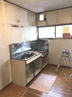 築30年のアパート アイオキッチン交換施工例  blockkitchen wetroom