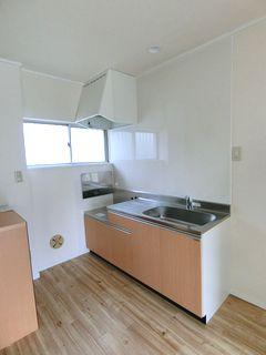 キッチン施工例 アイオ ライトブラウン(ウッド)KW blockkitchen wetroom